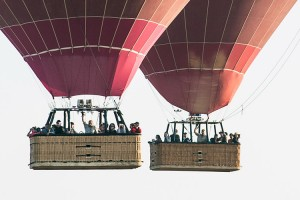 Balloons over Bagan passengers making memorable friends in Myanmar
