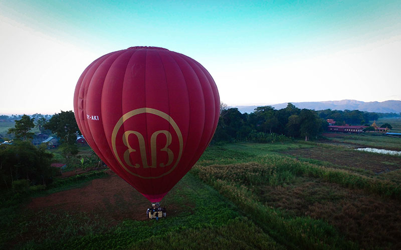 Just before takeoff for a memorable flight by Balloon 2 at Inle